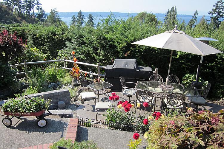 1-outside-gardens